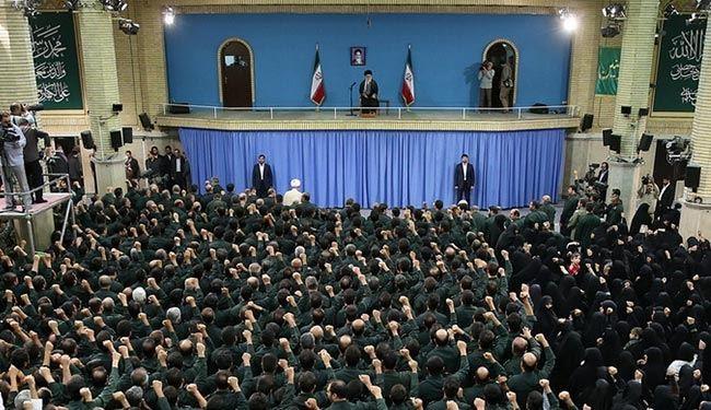 الإمام الخامنئي: التفاوض مع أمريكا محظور