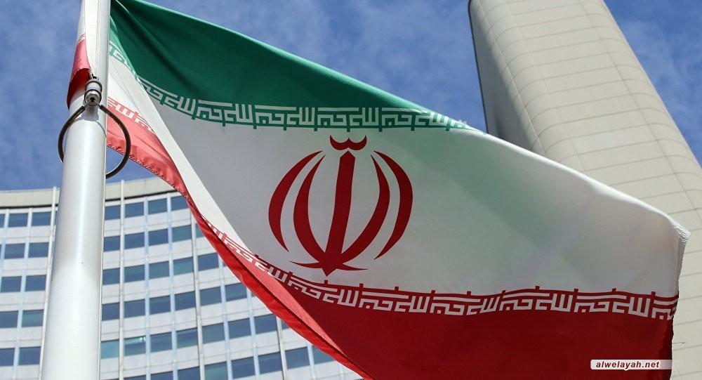الخارجية الإيرانية: ولايتي يتوجه غداً إلى موسكو ويحمل رسالة من قائد الثورة إلى بوتين