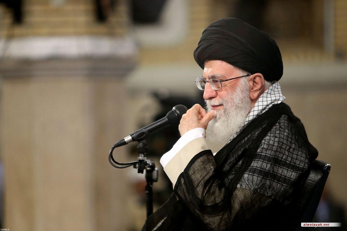 """الإمام الخامنئي يوعز بـ """"تنظيم السوق"""" بغية رفاهية الشعب"""