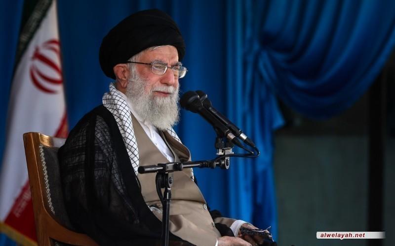 في برقية تعزية: قائد الثورة الإسلامية يعزي السيد حسن نصر الله برحيل الشيخ قبلان