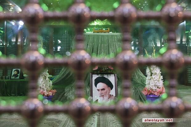 قادة القوة الجوية في الجيش الإيراني يجدّدون ميثاقهم مع الإمام الخميني (ره)