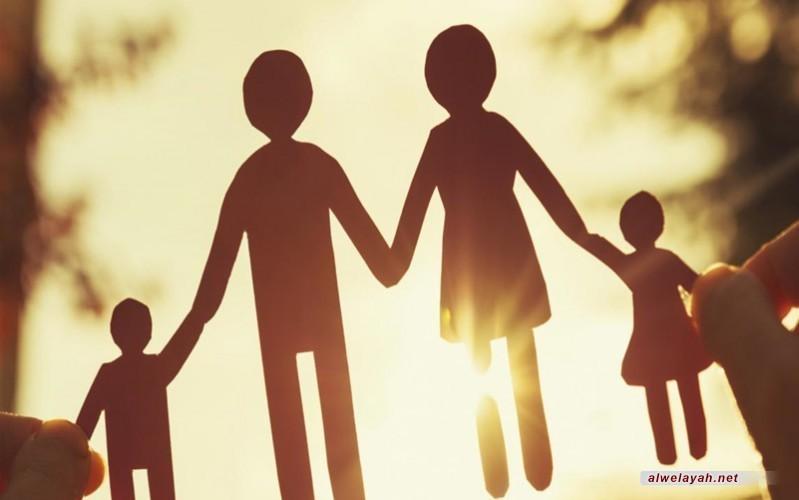 مجتمع بمحوريّة الأسرة: رؤية السيّد القائد نموذجًا