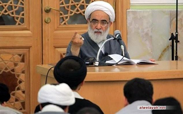 آية الله شب زنده دار: الشعب الإيراني يتفهّم جيدا مؤامرات العدو في مجابهة الثورة الإسلامية