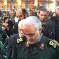 اللواء سليماني يحضر مراسم تأبين شهداء اعتداء زاهدان الإرهابي