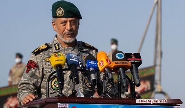 الأدميرال سياري: الجيش الإيراني يقف بقوة أمام أي عدو ويمرغ انفه بالتراب