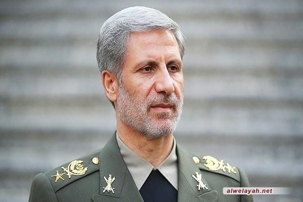 العميد حاتمي: إيران ضمن القوى الست الأولى عالميا في مجال الطائرات المسيّرة