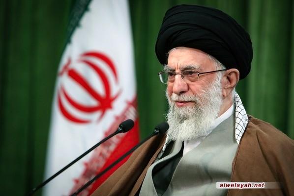 قائد الثورة الإسلامية الحظر الأميركي على باقي الدول ليس حنكة دبلوماسية بل جريمة كبيرة ضد الإنسانية والأخلاق