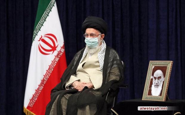قائد الثورة الإسلامية: الخطوات التبيينية تجهز على مخططات العدو الدعائية ضد الرأي العام الإيراني