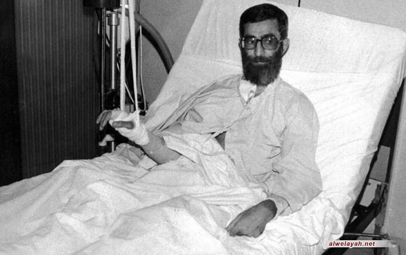 عندما شعرتُ بالموت.. الإمام الخامنئي يروي الأحداث التي تلت حادثة محاولة اغتياله