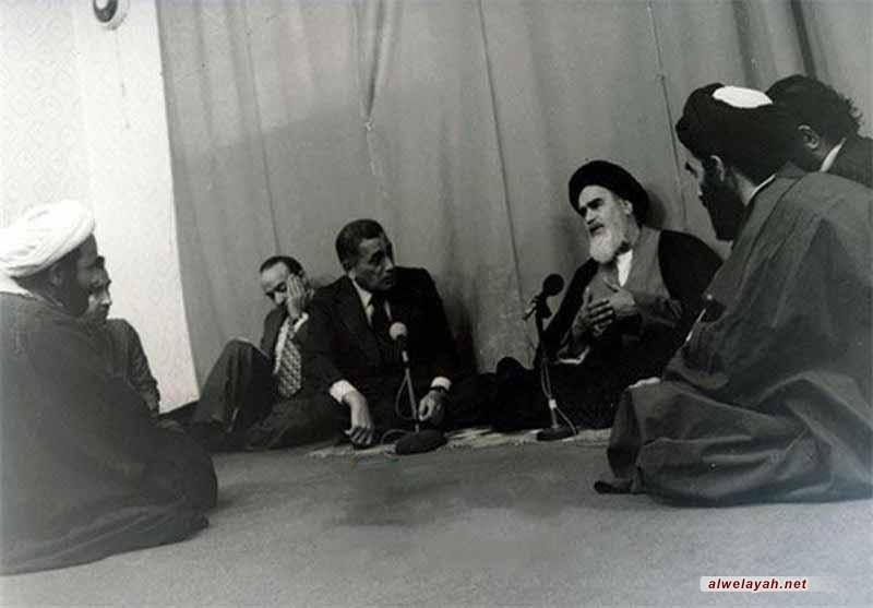 الإمام الخميني والأسس النظرية للسياسة الخارجية