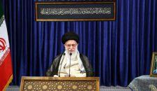 عبر الفيديو كنفرانس؛ قائد الثورة الإسلامية يرعى حفل تخرج ضباط الجامعات العسكرية