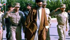 قائد الثورة الإسلامية: لقد انتصر الشهيد صياد شيرازي في الجهاد مع نفسه والحرب ضدّ الأعداء